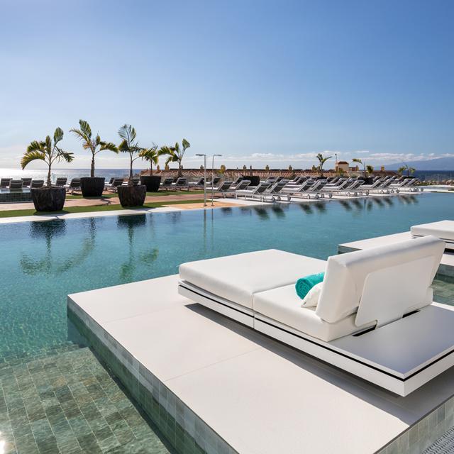 Hotel Royal Hideaway Corales Suites aanbieding