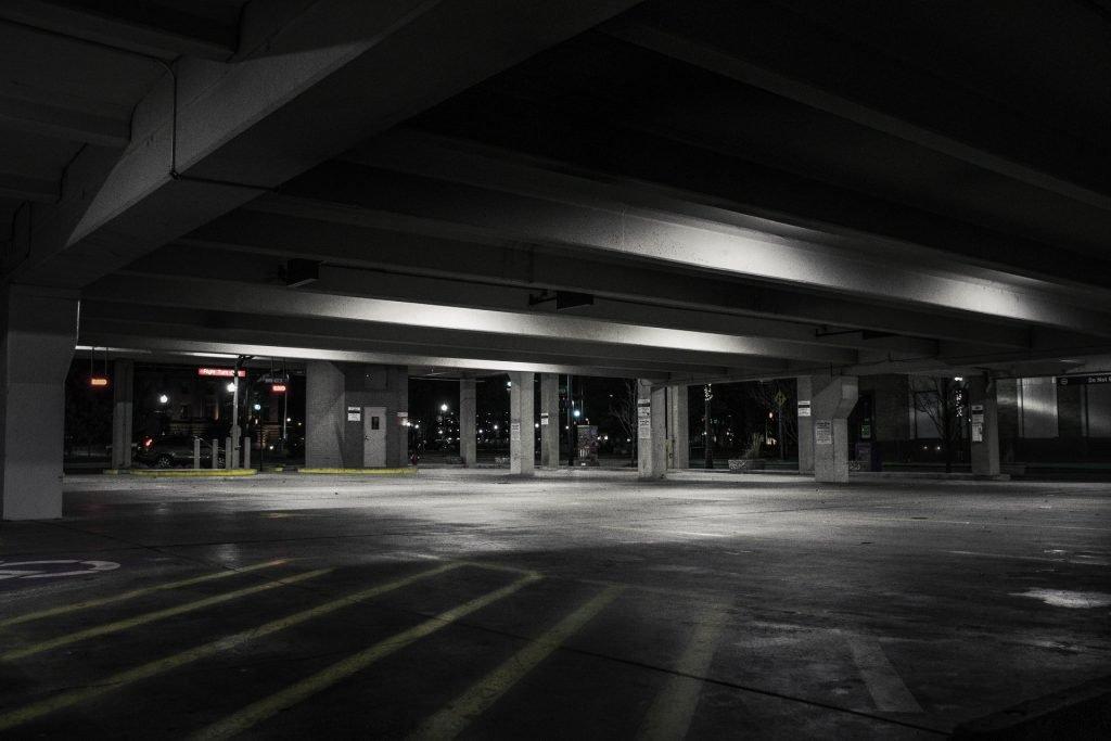 weeze parkeren vliegveld