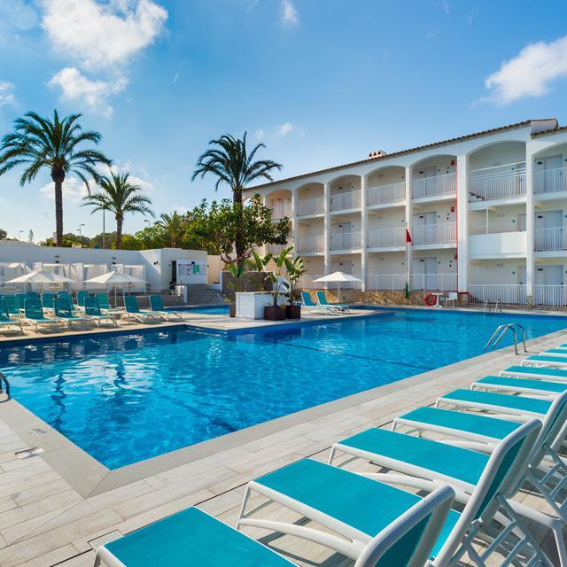 Hotel Playasol Cala Tarida – zomer 2021 aanbieding