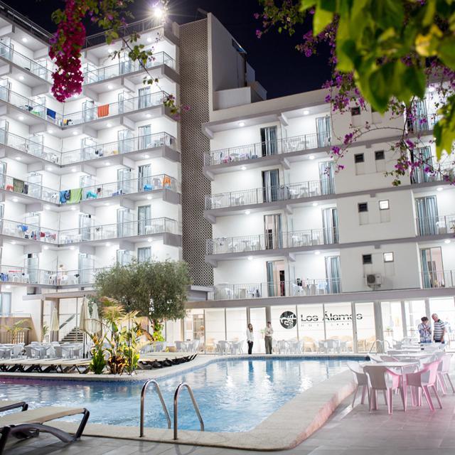 Hotel en Appartement Los Alamos aanbieding